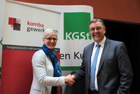 Ines Hansen, Programmbereichsleiterin Personalmanagement KGSt, und Andreas Hemsing, Bundesvorsitzender komba gewerkschaft (© Foto: komba gewerkschaft nrw)